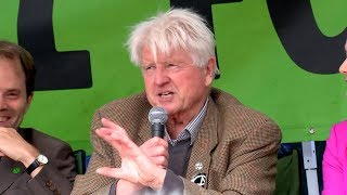 video: Extinction Rebellion: Boris Johnson's father tells protesters it's a 'tremendous compliment' to be called an 'uncooperative crusty'