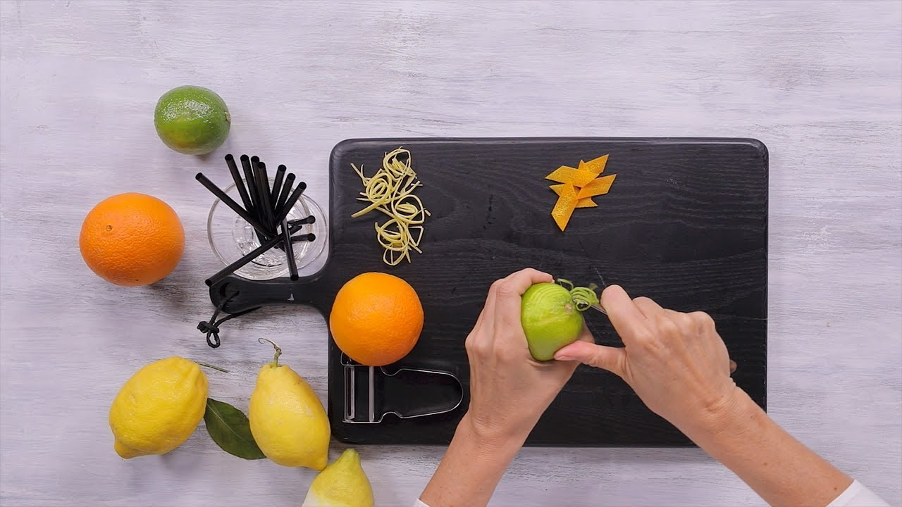 Slicing zest for cocktails