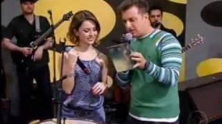 Sandy Canta Sucesso De Michael Jackson No Palco Do Caldeirão - 03 12 11