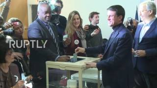 France: Former PM Manuel Valls casts vote in first round of Socialist Party primaries
