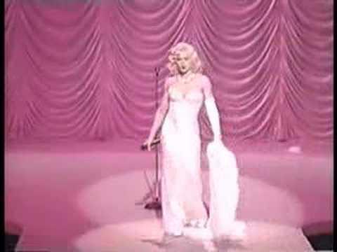 Madonna - Santa Baby - Christmas Radio