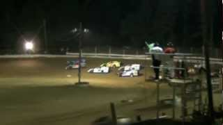 preview picture of video 'Jackson County Speedway (OH) $3,000 to win AMRA Modified Mayhem 40 5-25-2012'