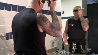 A time-lapse look at how Goldust applies his signature face paint