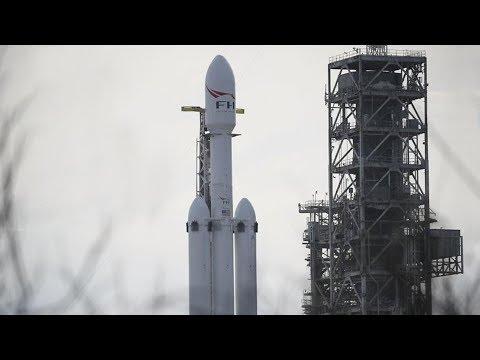 Proč Falcon Heavy nelétá moc často?