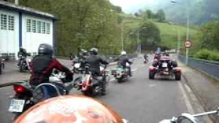 preview picture of video 'Reunion moteros xanjuan 2009 Aizarnazabal'
