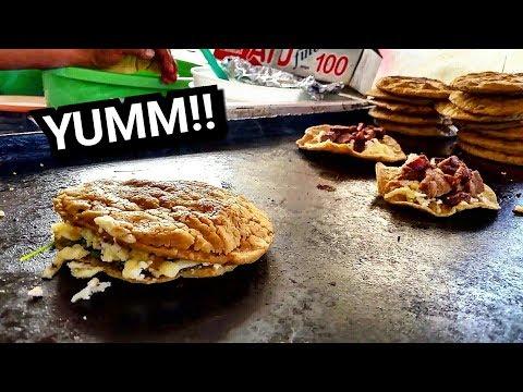 INCREDIBLE Mexican Street Food!! - DELICIOUS Quesadillas And Gorditas