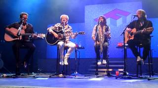 Foreigner - The Flame Still Burns (Acoustic) - Shepherds Bush Empire, London -  April 2014