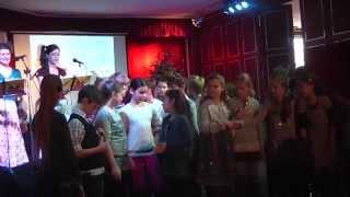 preview picture of video 'Zsebereki osztály - Lackfi János menzás versei - Budakeszi, 2014.12.14.'