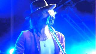 Please Don't Ask Me To Smile - Tim Rogers +  cello, live at Woodford Folk Festival, 2010/11