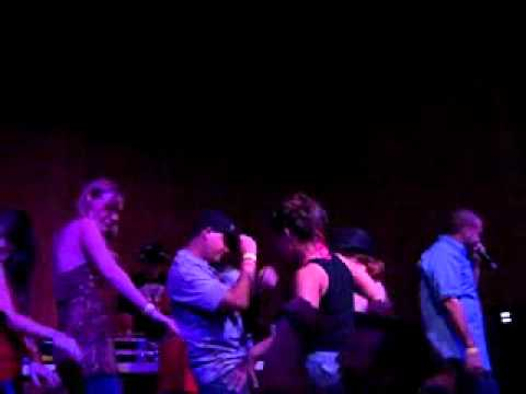 """G1 and EQ perform """"SHAKE IT"""" Live!"""