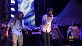 "Ky-mani Marley & Protoje sing ""Rasta Love"" at Marley 70"