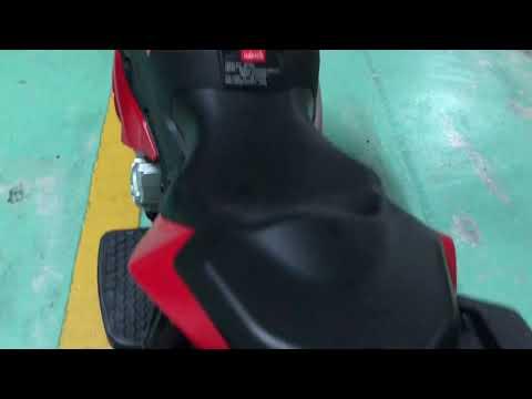 BMW s1000xr motorbike ride on toys, Bmw s1000xr 玩具電動摩托車 music:if I lek you go Naik moge BMW mainan