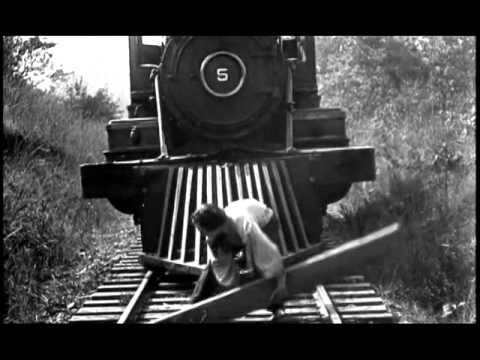 Le Mécano de la Générale ( 1926 - bande annonce avec chanson française )