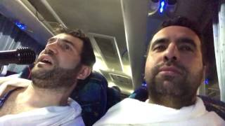 """preview picture of video 'Metin Demirtaş & Ömer Sarıgül. Umre 2017. Ten'im'den Kabeye. İlahi """"Mevlam sana ersem diye"""".'"""