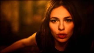 Nina Kraviz - Ghetto Kraviz (Official Music Video)