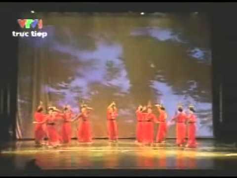 Múa: Hương Xuân