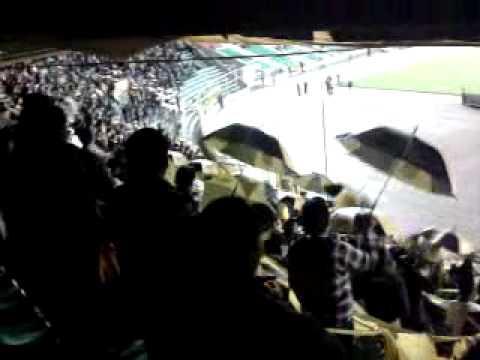 """""""Gloriosa ultra sur parte 2"""" Barra: La Gloriosa Ultra Sur 34 • Club: The Strongest"""