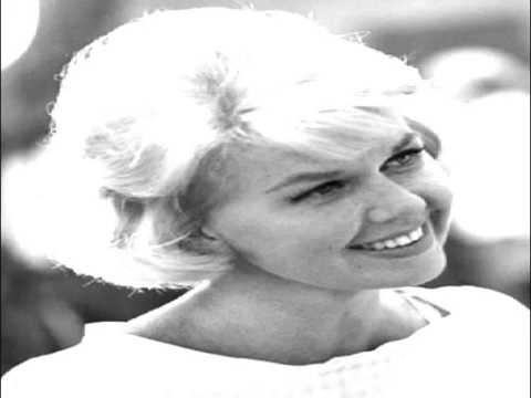 Doris Day - I Said My Pajamas (And Put On My Prayers)