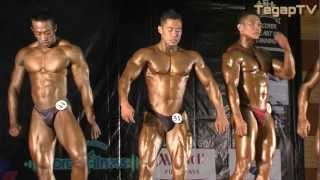 preview picture of video 'Mr Putrajaya 2012 (Champ of Champs): Stage Entry & Initial Comparison'
