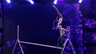 Father-daughter Acrobatic Duo Get More Dangerous On Judge Cut Round America