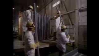 三菱マテリアル四日市工場の多結晶シリコン製造シーン