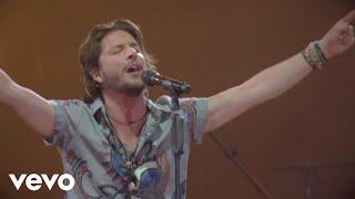 Tambores De Guerra (En vivo) - Manuel Carrasco (Video)
