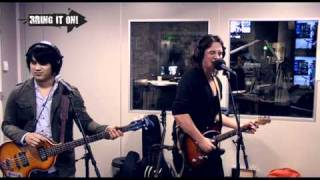 Bring It On Live: Tommy Ebben & The Small Town Villains – She Won't Tell