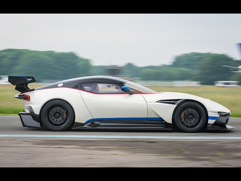 StigCam: Aston Martin Vulcan | Top Gear