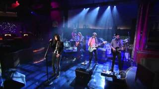 Charlotte Gainsbourg   Trick Pony Live on Letterman HD