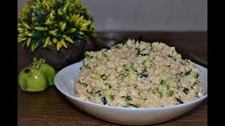 Рыбный салат из консервов.Сытно, вкусно и просто.