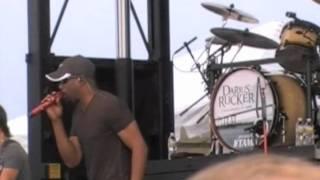 "Darius Rucker ""LIVE in VIRGINIA BEACH"" LOVE WILL DO THAT"""