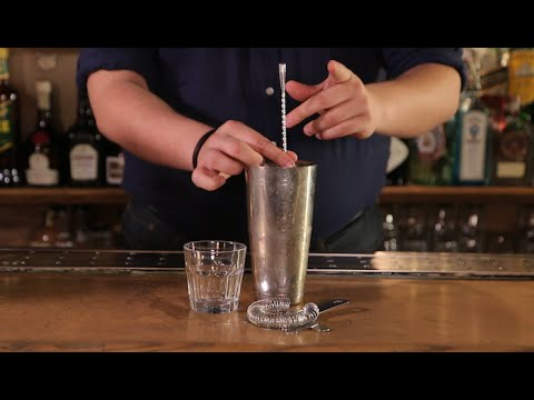 4 Essential Bartending Skills Every Guy Should Know