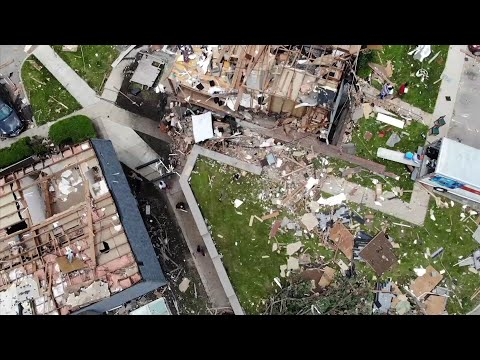 Aerial footage shows widespread devastation at an apartment complex in Dayton, Ohio where an EF3 tornado struck. (May 28)