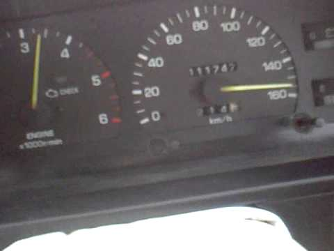 Zu den Düsen handelt das Benzin in nicht