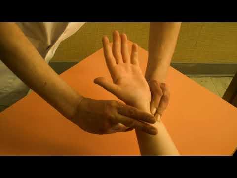 Magnésie avec une crise hypertensive Stroke