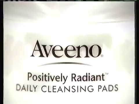 Aveeno - Positively Radiant Cleansing Pads (Danielle Van De Graas)