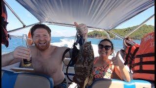 #122 - Ăn chơi ở Phú Quốc 👍👍 Đi tàu ra biển lặn ngắm san hô, cho cá ăn và bắt cá quá đã 👍👍