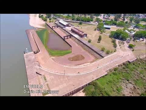 La bajante del río Uruguay documentada en la playa Los Sauces y el puerto