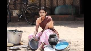 Actress Karthika sister act in Sembattai