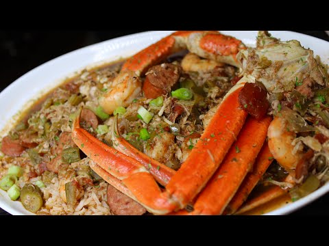 SEAFOOD GUMBO RECIPE 🦀 🥣 | HOW TO MAKE THE BEST GUMBO