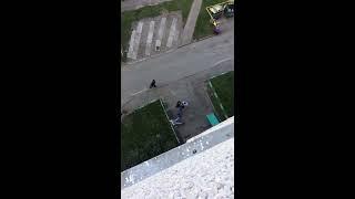В Чебоксарах трое мужчин подрались с участковым