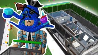 I MADE A BLOXBURG SHOPPING CART HOUSE... Buy Some Rooms!