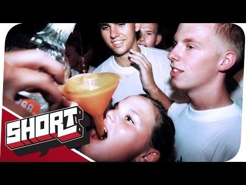 Video über die trinkende Frau