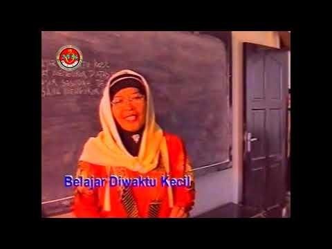 Hj  Nur Asiah Djamil  |  Menuntut Ilmu