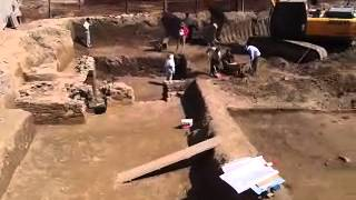 preview picture of video 'В центре Сайрама найдена (по словам археологов) баня (хаммом) 9 века.'