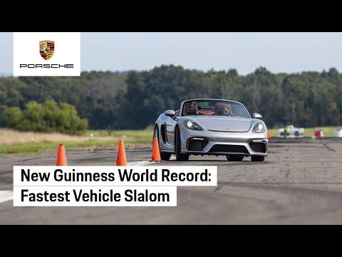 Cầm lái Porsche 718 Spyder, một cô bé 16 tuổi đã lập Kỷ lục Guinness mới