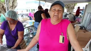 Más de diez mil personas comen en la Plaza Pública de Arecibo