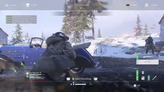Chilling and Killing on Battlefield LOL