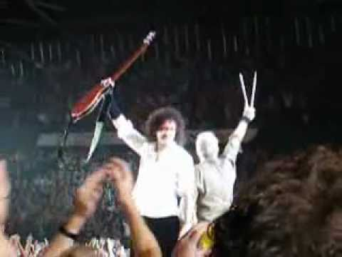 Queen - God save the Queen - Rotterdam 7-10-2008 + Paul Rodgers