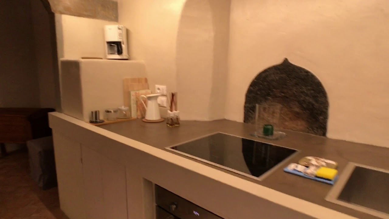 Charming 2-bedroom apartment with AC for rent in San Niccolo